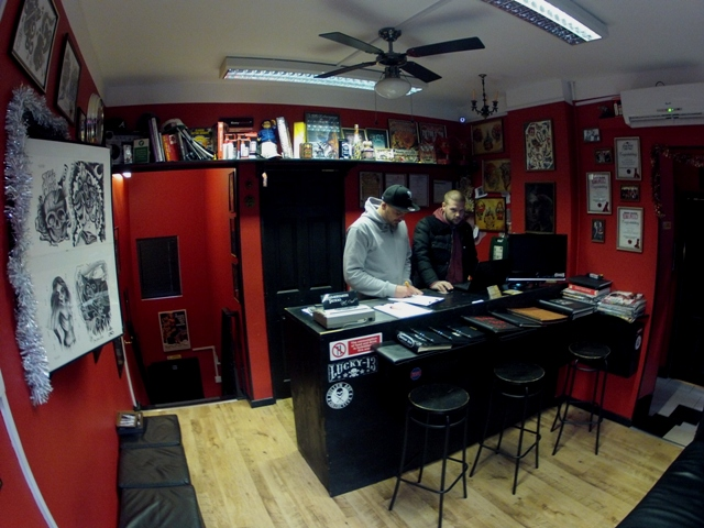Tattoo shop decorating ideas joy studio design gallery for Tattoo shop design